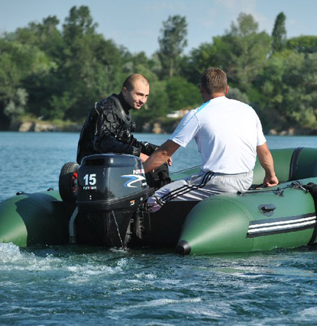 An inflatable boat as a dive boat